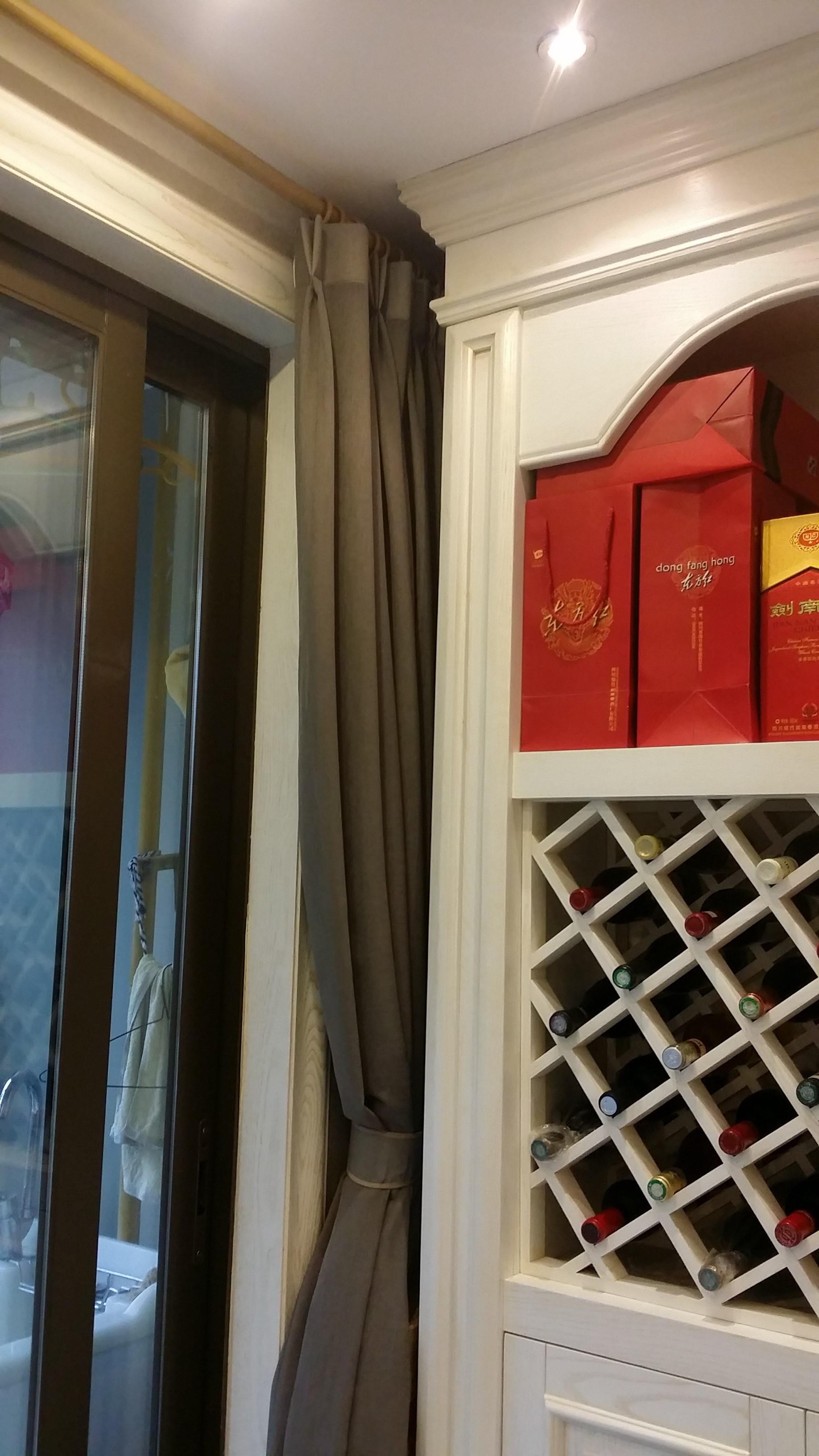 大户型美式风格装修酒柜图片