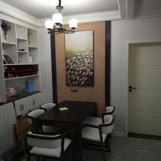 90平简约二居室装修实景图