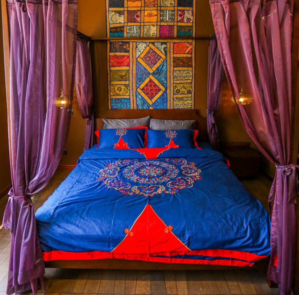 157平东南亚风格装修卧室效果图