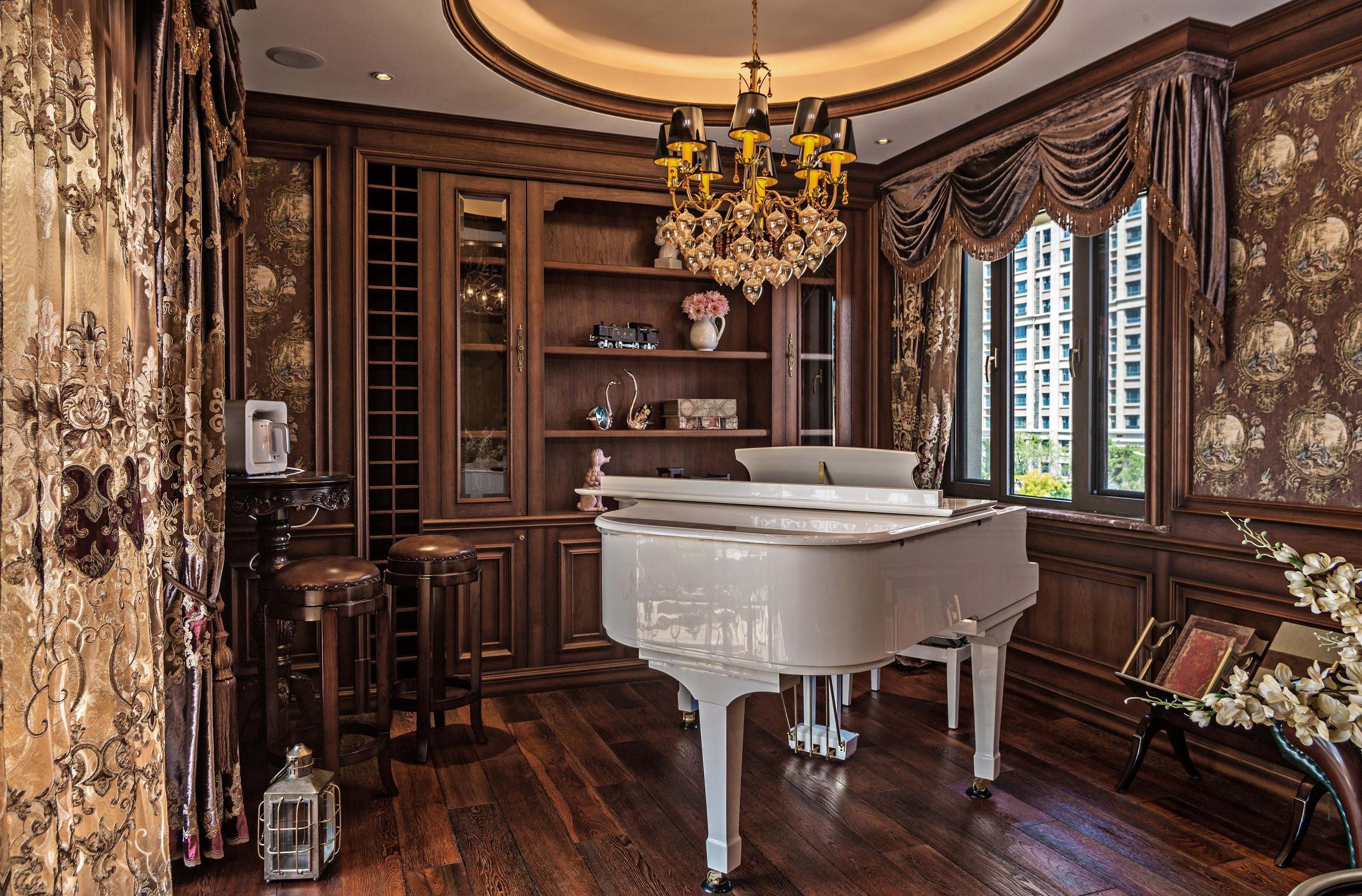 美式古典別墅裝修鋼琴房設計圖