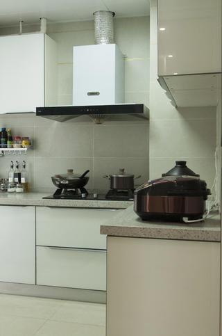 三居室北欧风格家厨房实景图