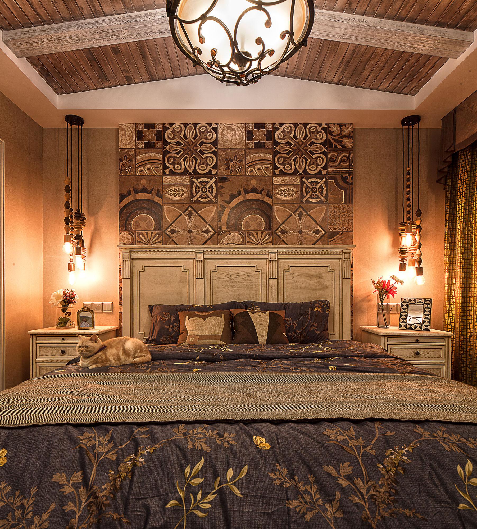 二居室美式装修床头背景墙图片