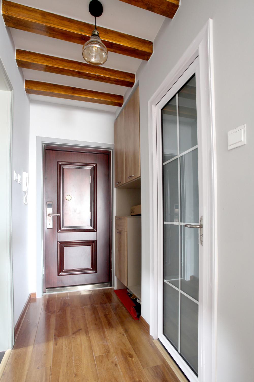 北欧二居室空间玄关设计