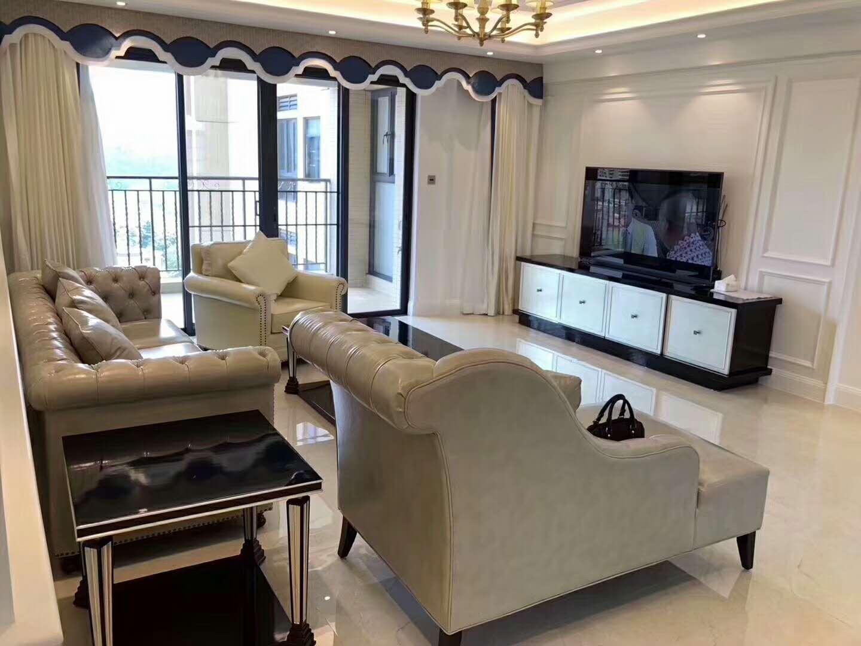 低调奢华简约风装修电视背景墙图片