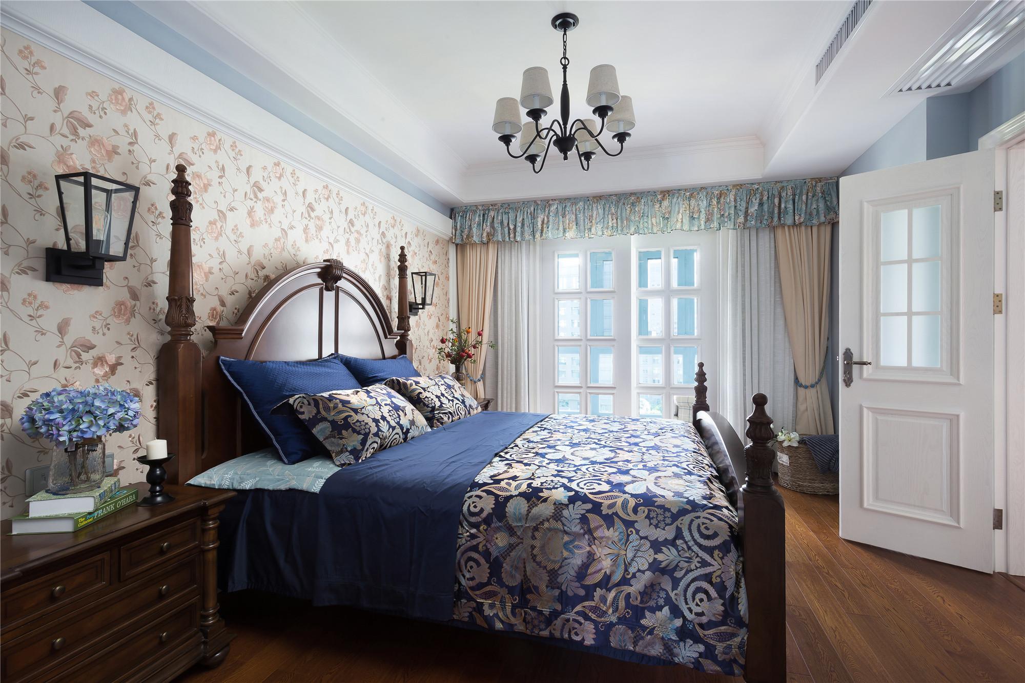 美式别墅装修卧室效果图