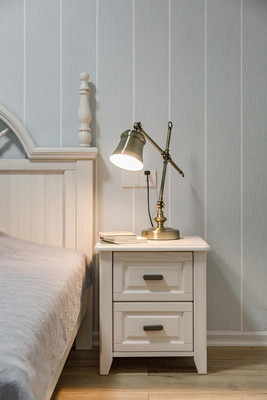 130平美式装修床头柜图片