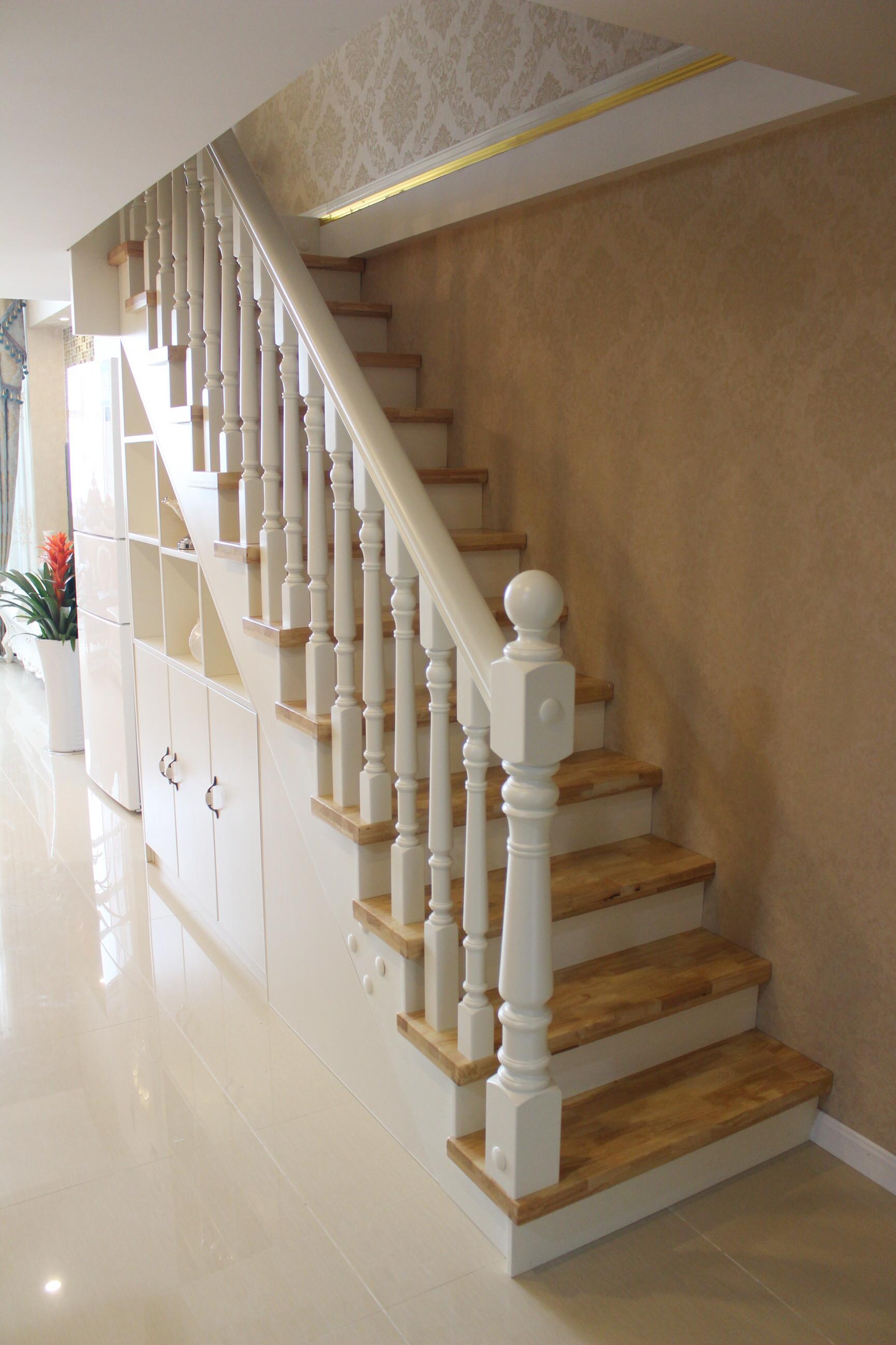 欧式风格卧室精装公寓白色简欧风格富裕型橱柜图片