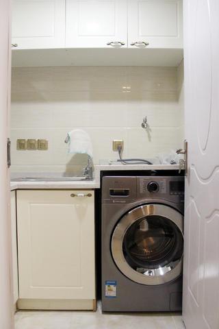 一居室简欧公寓装修橱柜图片