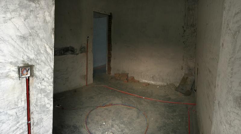 客厅大灯双控电路图