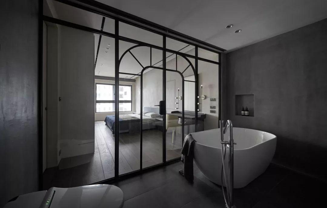 圆形玻璃房间