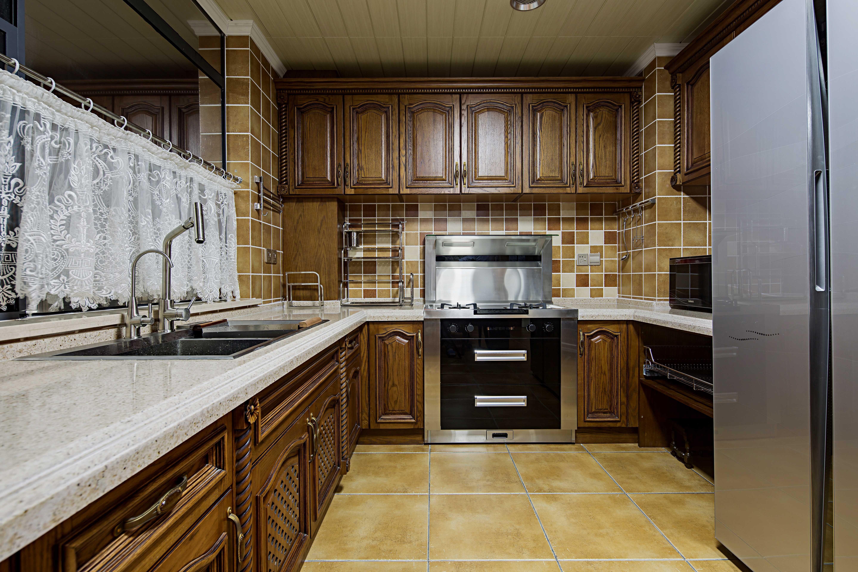 橱柜设计主要还是以:现代风格,欧式风格,地中海风格,日系,原木,红橡等