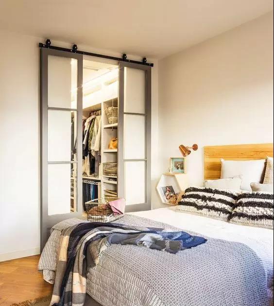 背景墙 房间 家居 起居室 设计 卧室 卧室装修 现代 装修 564_630