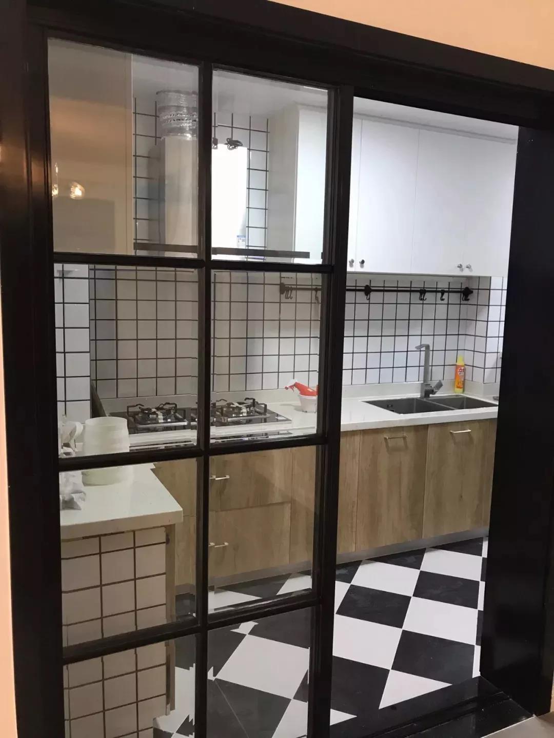 图赏| 厨房推拉门装修效果图