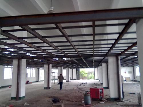 北京龙士达钢结构有限公司010/6866-3103本公司专业做楼房钢结构夹层