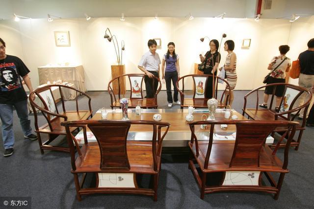 广州家具城内幕交易标价!曝光8万的实木家具家具长春华英图片