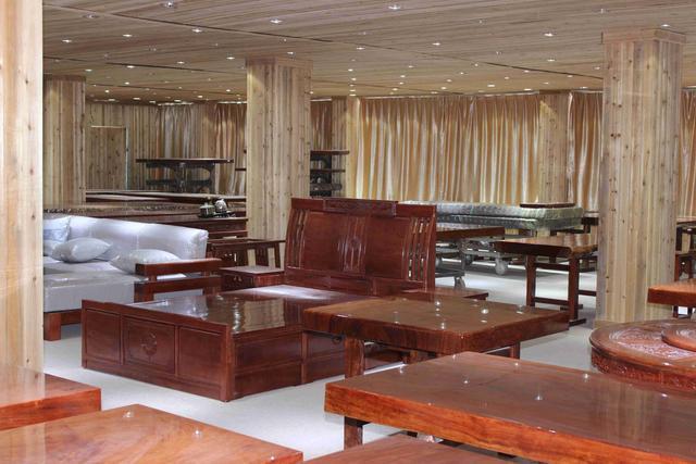 广州家具城内幕交易标价!曝光8万的实木家具不锈钢家具五金图片