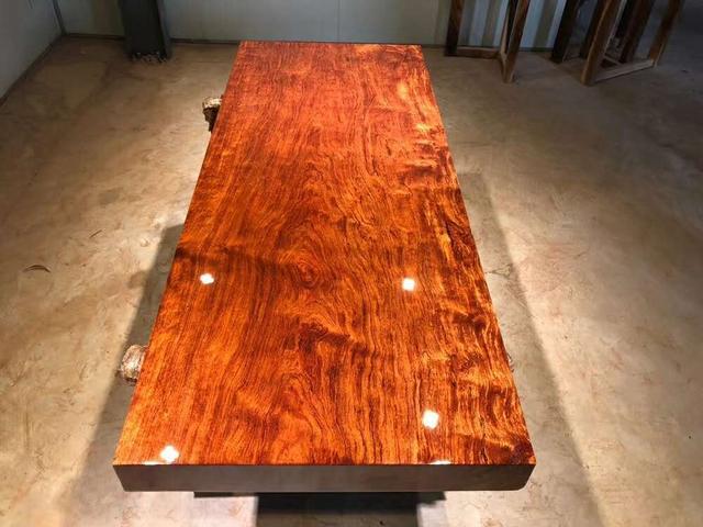 广州家具城内幕交易曝光!标价8万的实木家具笔画家具图片