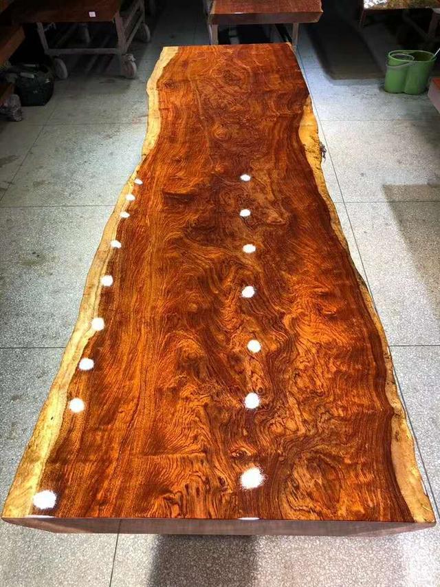 广州家具城内幕交易标价!曝光8万的实木家具价格邯郸板式家具图片
