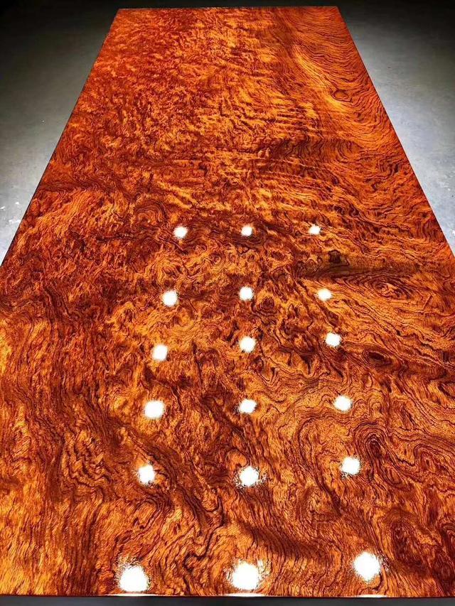 广州家具城内幕交易标价!曝光8万的实木家具家具卓有限公司品福州招聘图片