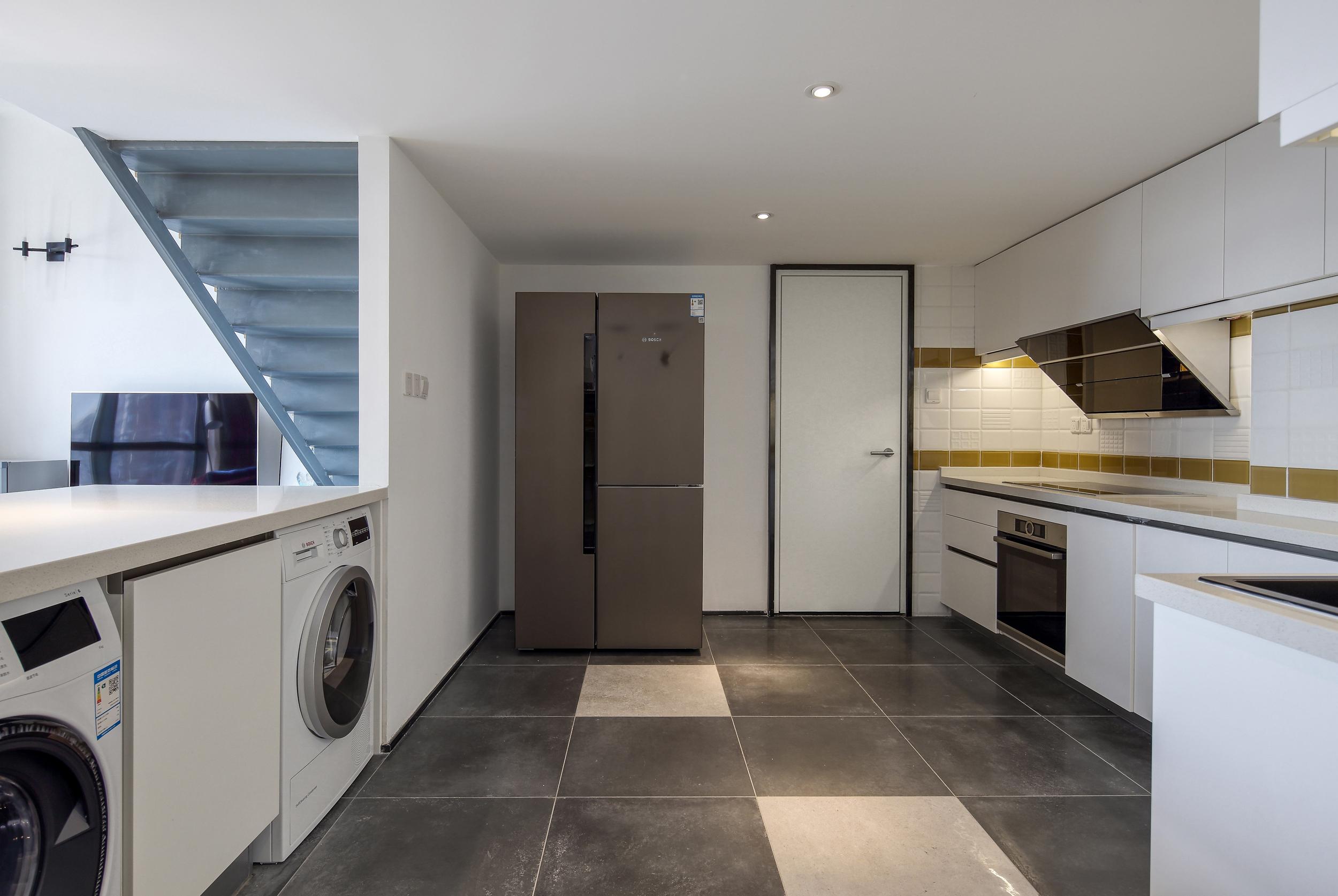 80平loft风格装修厨房效果图