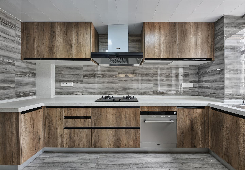 160平四居室厨房装修效果图