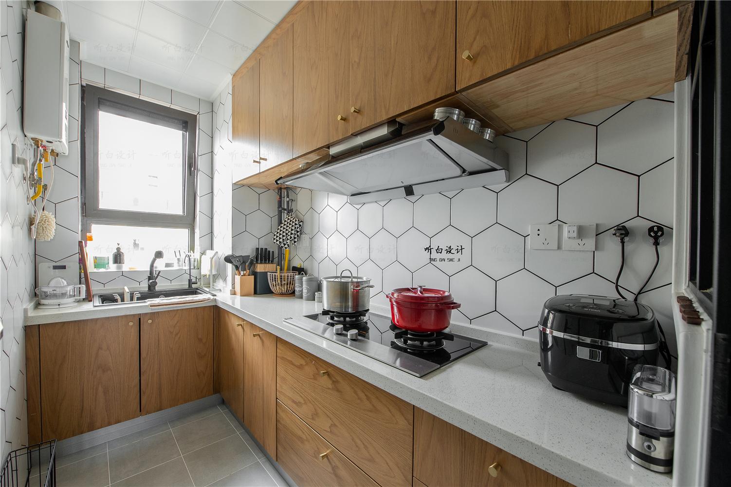 80平北欧三居厨房装修效果图