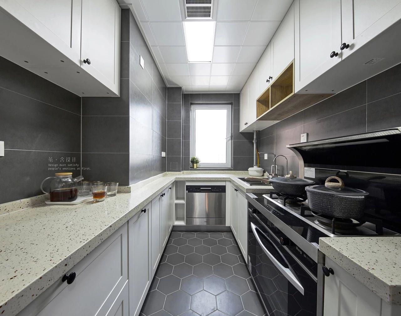 北欧现代三居厨房装修效果图