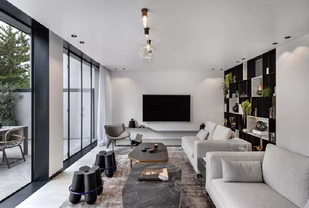 大户型黑白灰现代简约客厅装修效果图