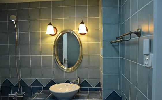 卫生间 灯具