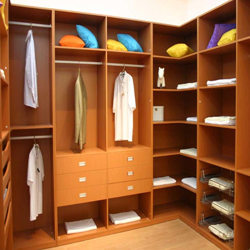 衣柜 储物室