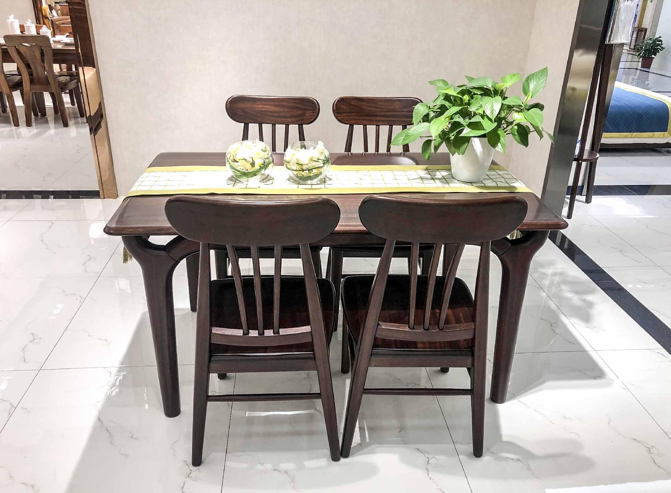 摩登 餐桌椅