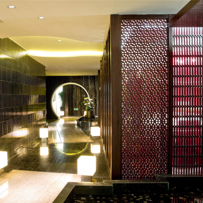 中式风红楼主题餐厅装修图