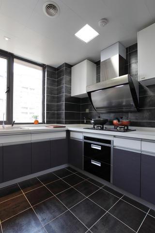 120㎡现代简约三居装修厨房搭配图