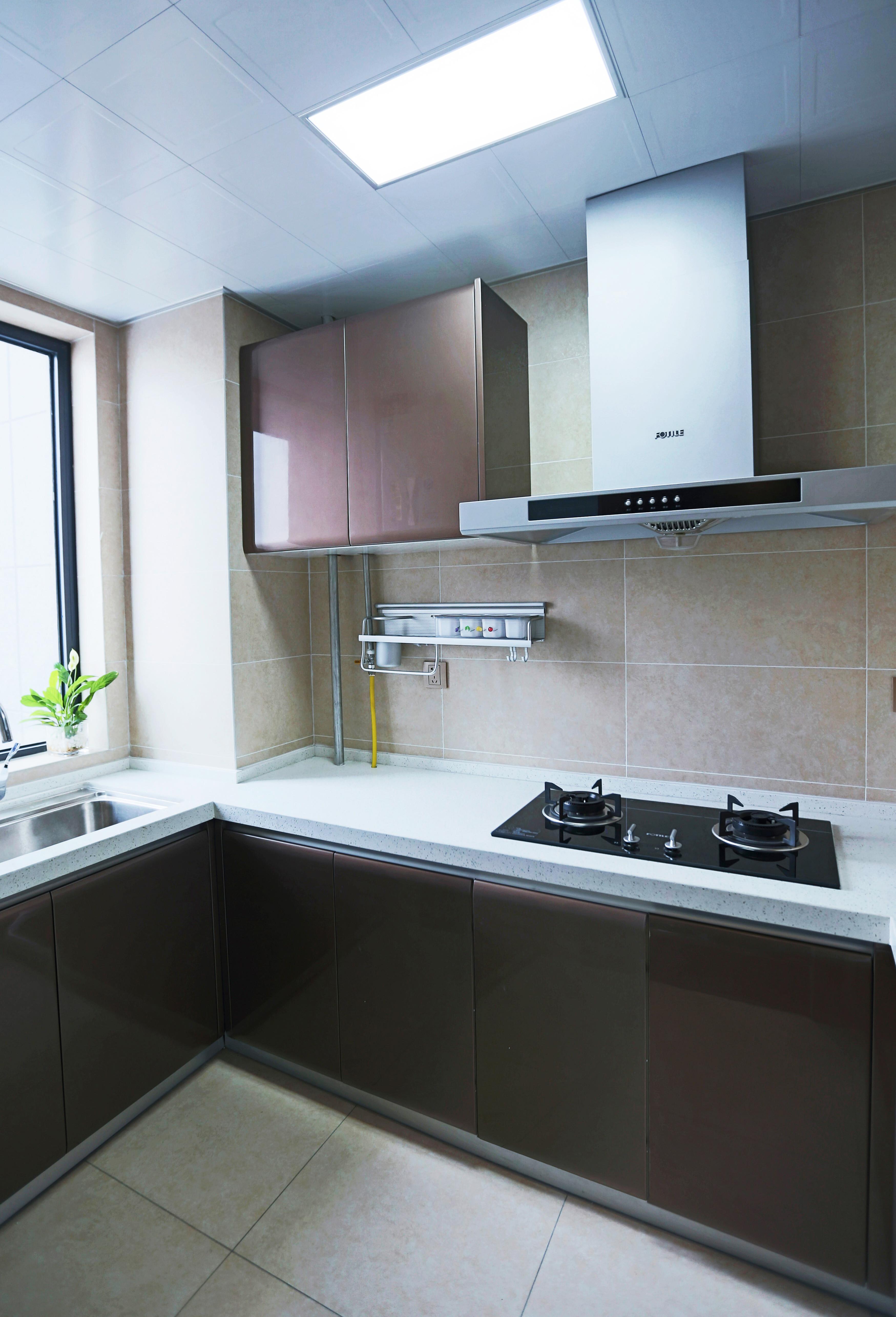 145平新中式三居装修厨房搭配图