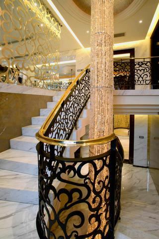 大户型后现代风格装修楼梯设计