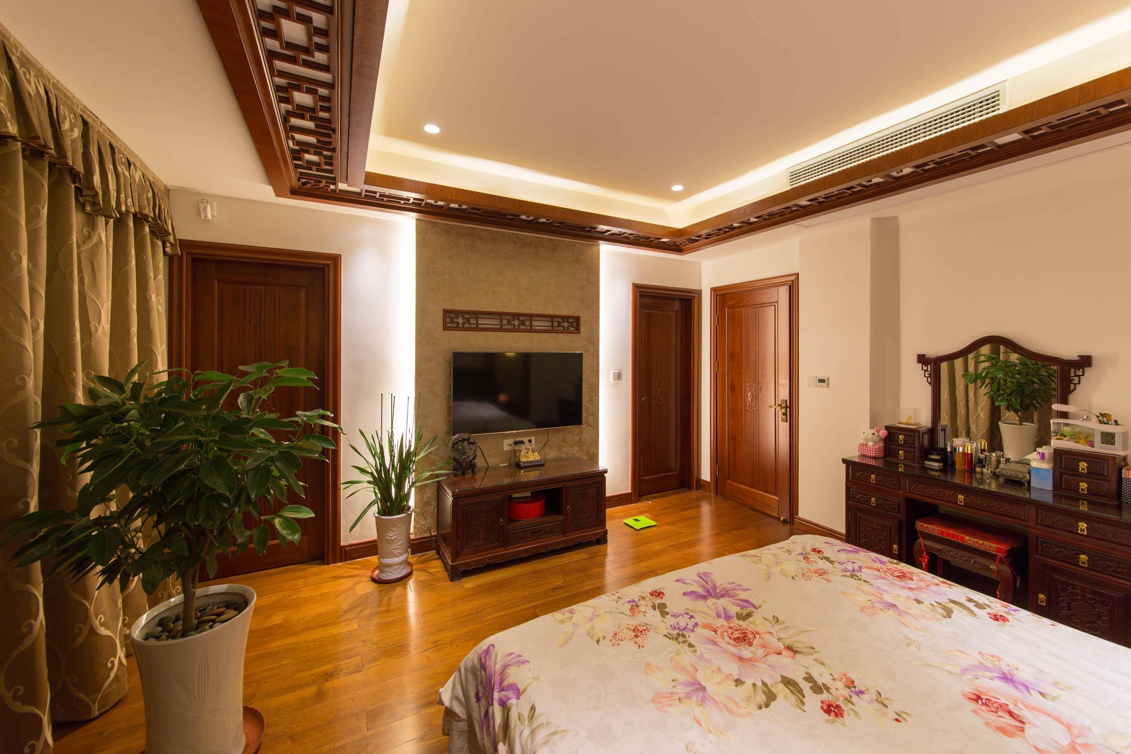 中式别墅装修卧室吊顶