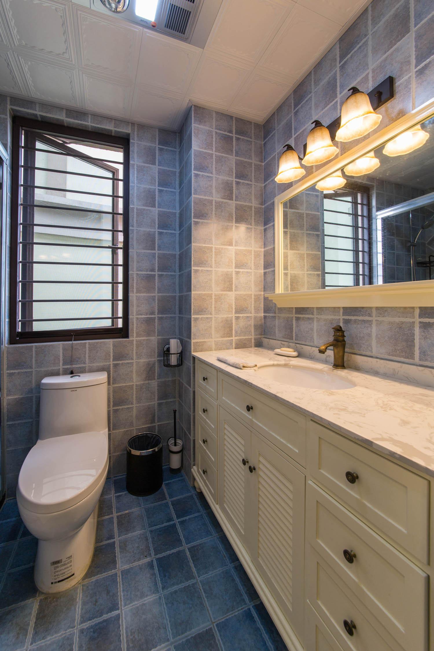 美式混搭风格家卫生间效果图
