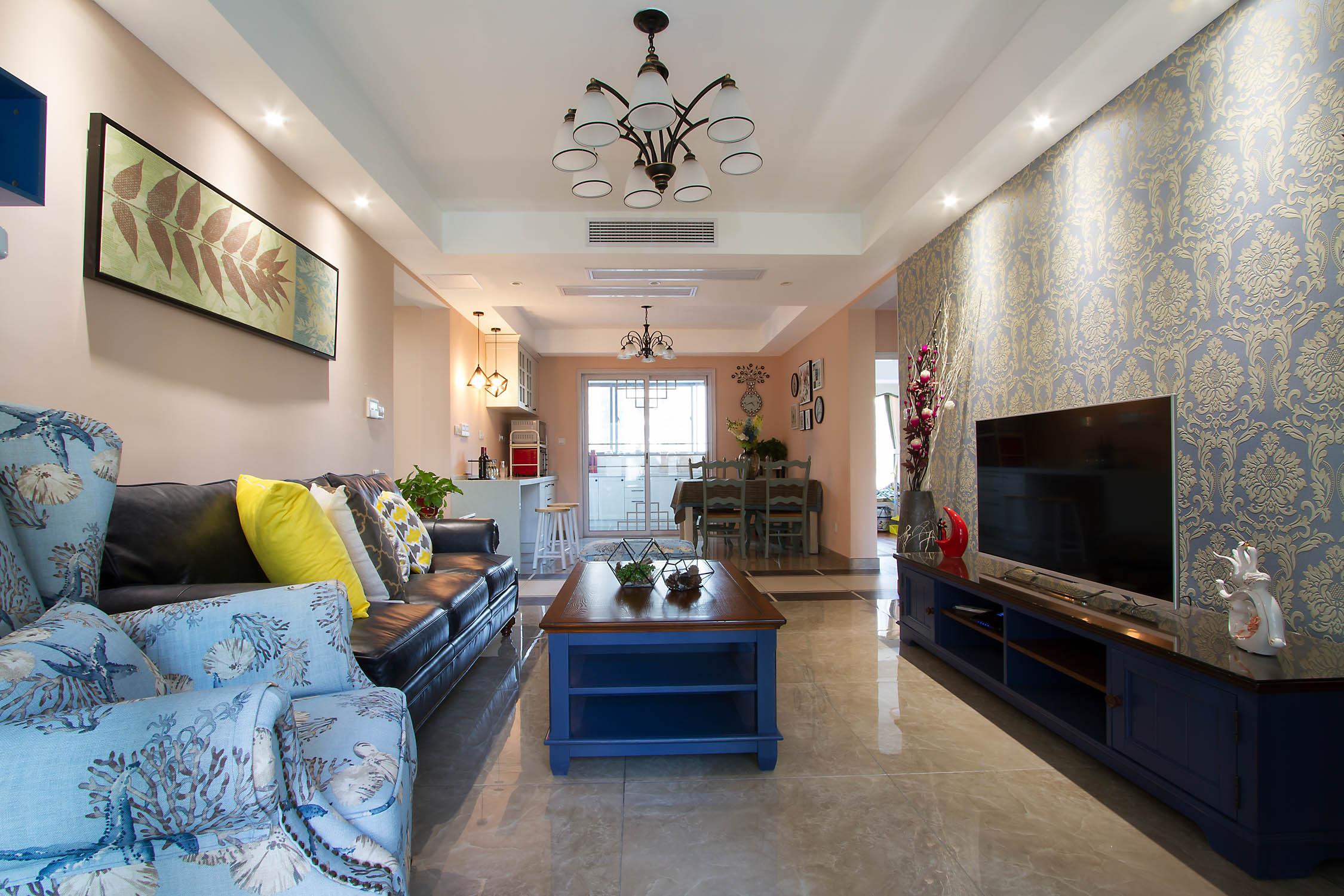 126平美式装修客厅效果图