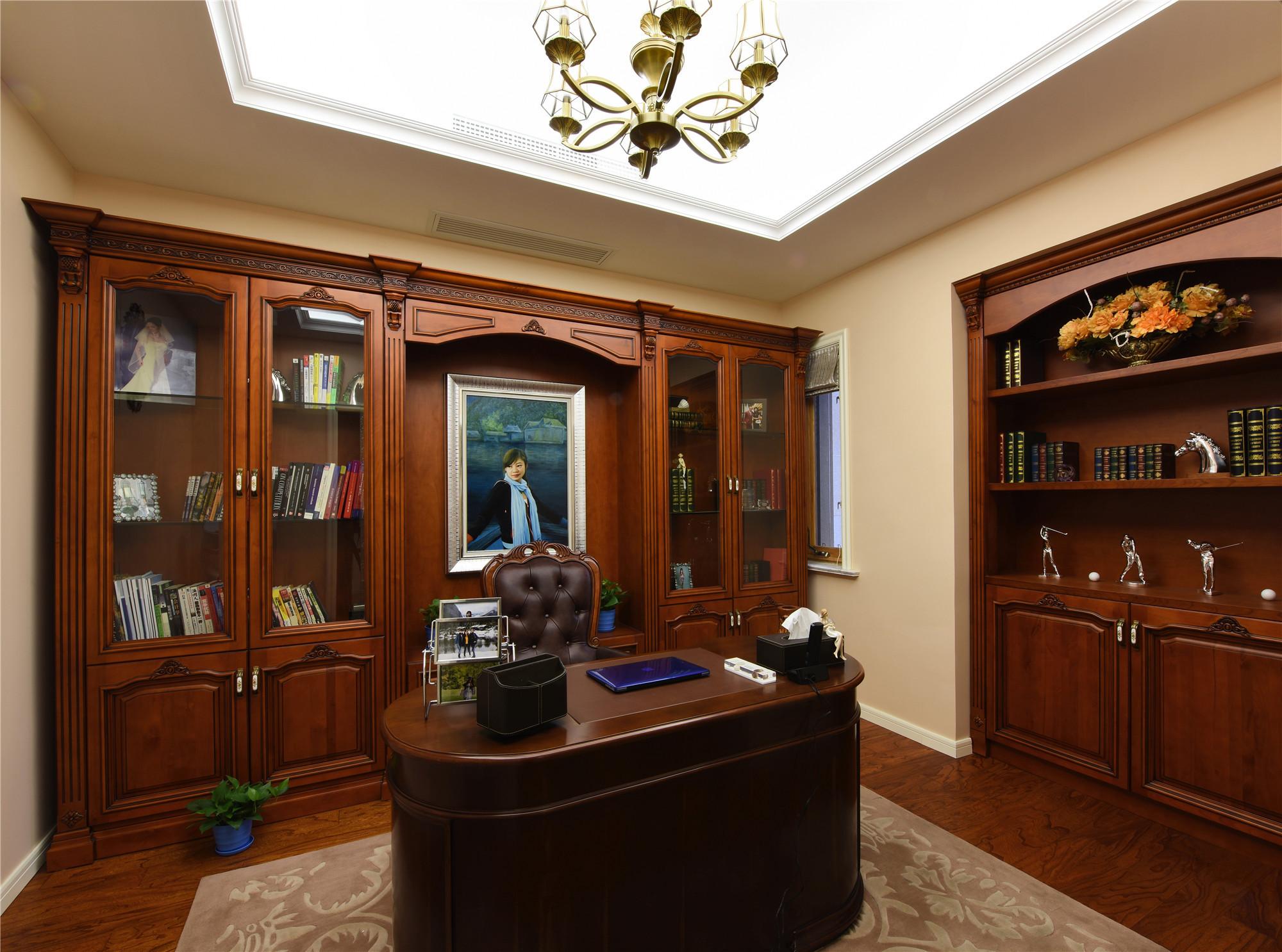 欧式风格别墅装修书房设计图