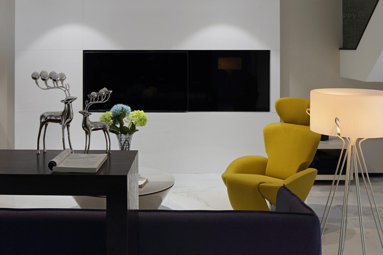 现代简约别墅电视背景墙图片