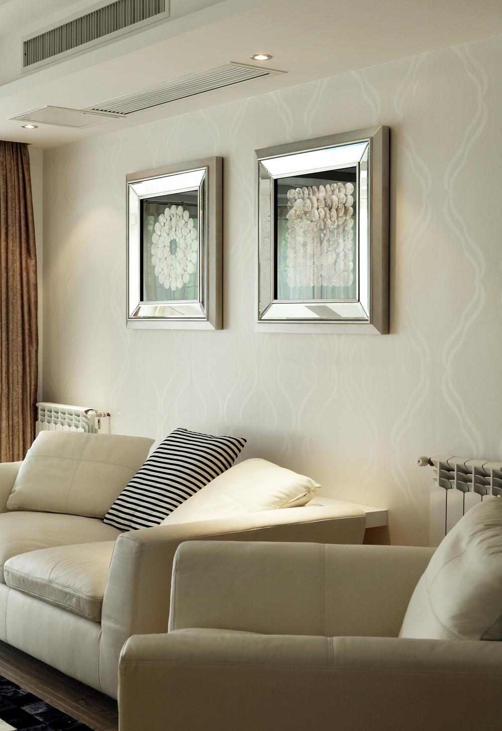 现代三居之家沙发背景墙图片