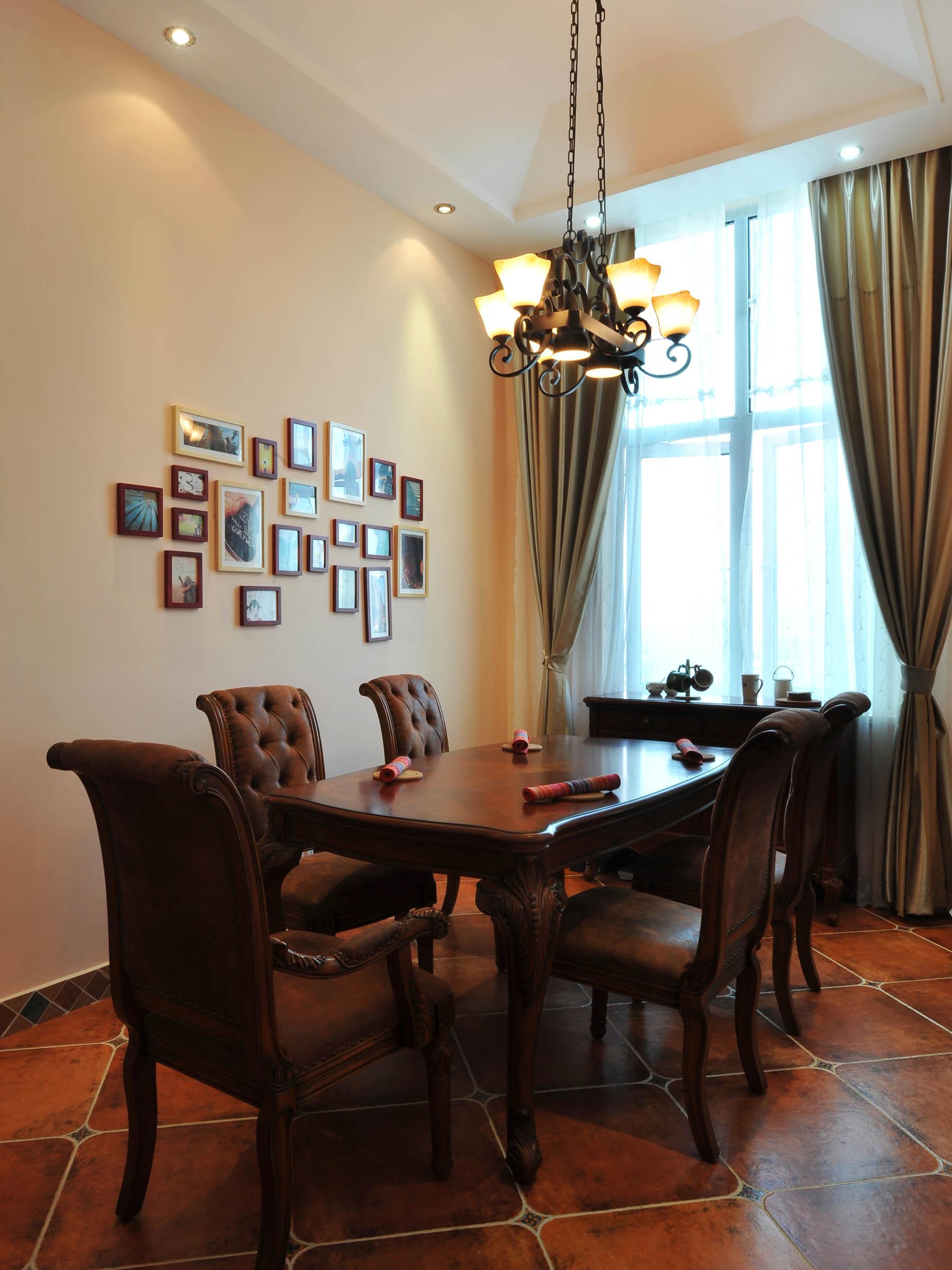 160平美式风格家照片墙布置