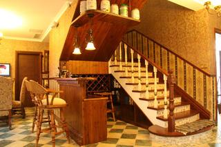 欧美风情别墅装修吧台设计