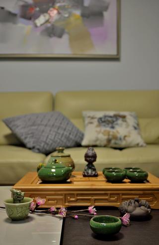 140平三居室装修茶几特写