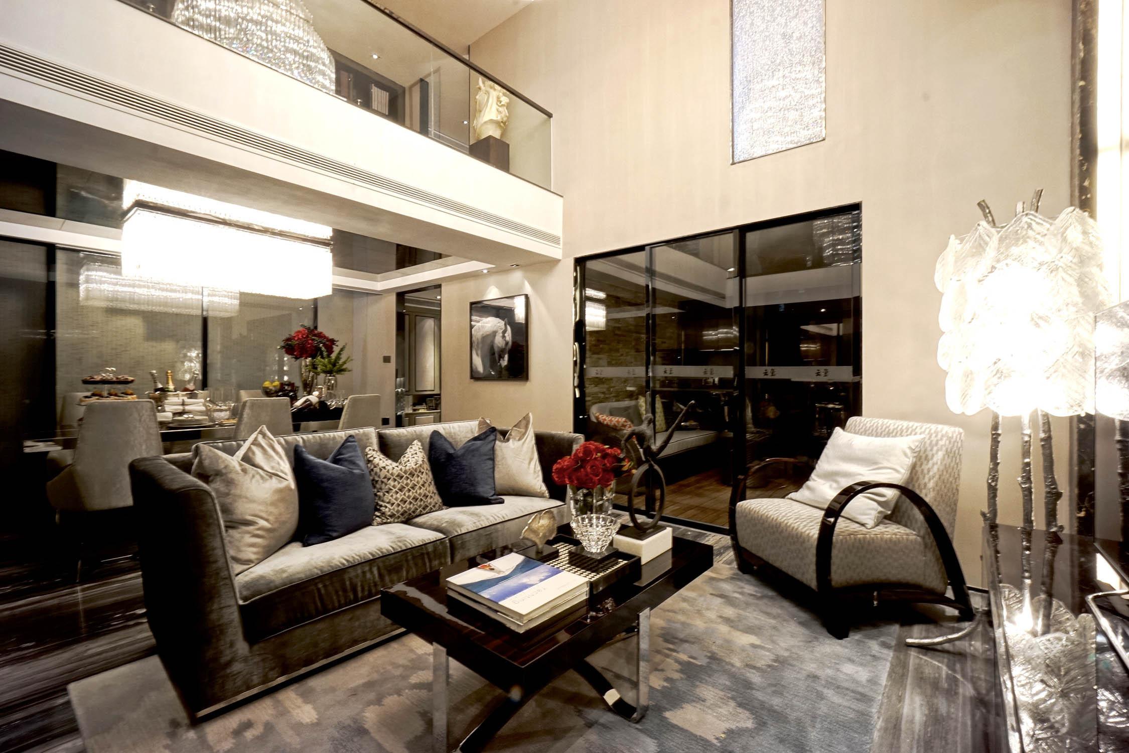 现代复式装修客厅效果图
