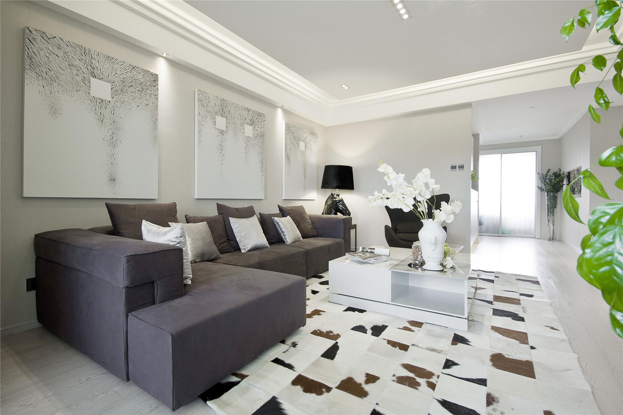 现代简约三居沙发背景墙图片