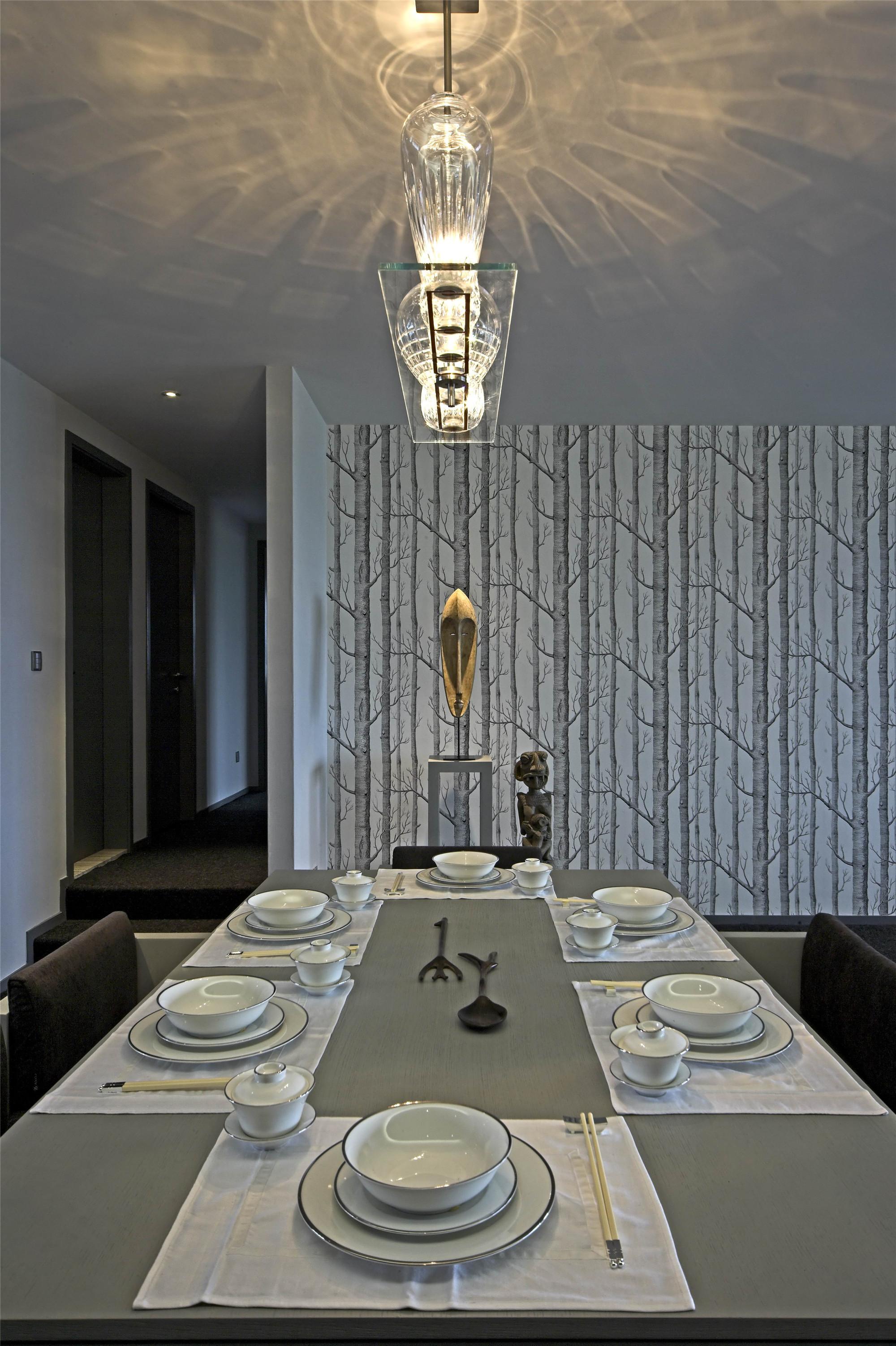大户型现代简约家装修餐厅效果图