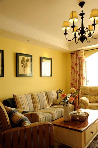 地中海风格两居沙发背景墙图片