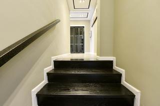 120平三居室装修楼梯图片
