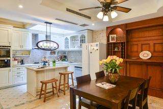 美式复式别墅装修餐桌椅图片